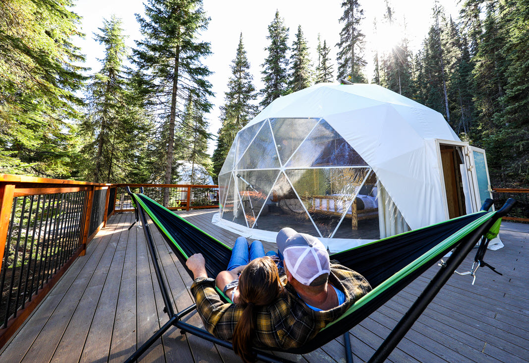 Luxury Sky Dome with Deck hammock